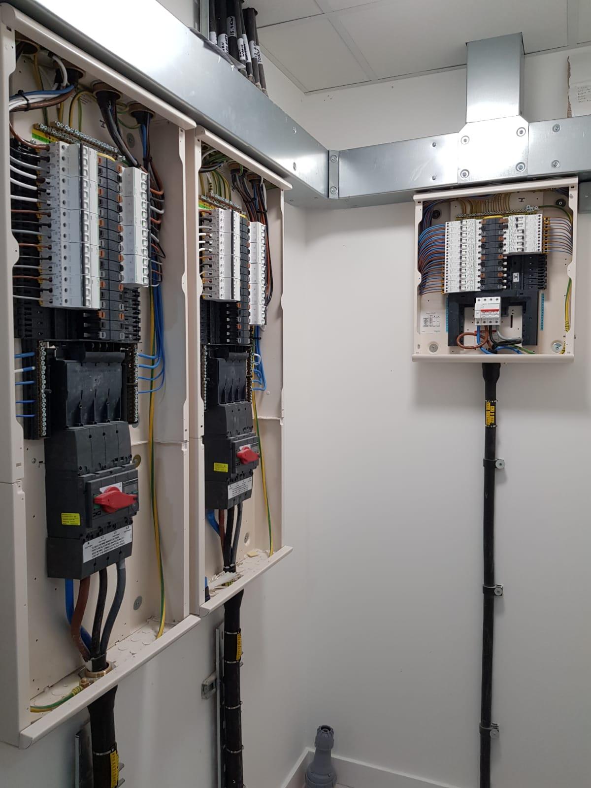 Mains installation